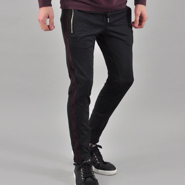 JOGGER KEY CAMBRIDGE BLACK