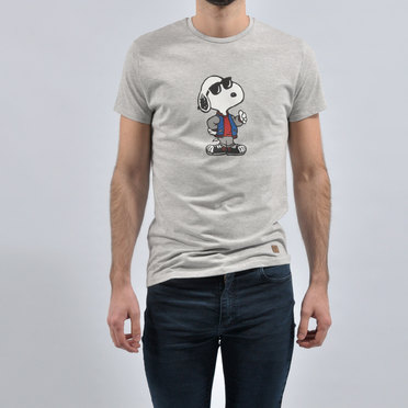 REMERA SNOOPY STYLE GREY